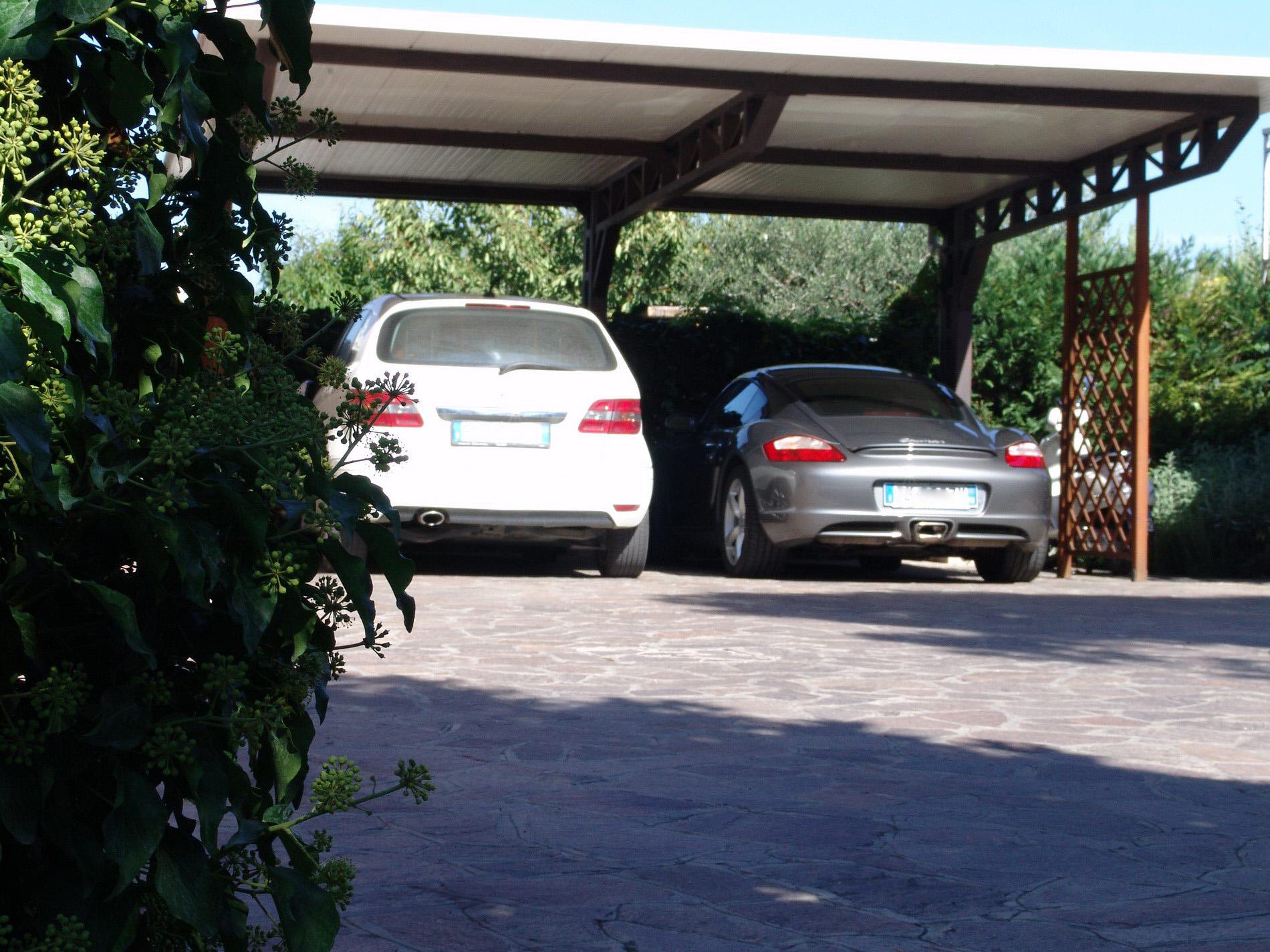 il parcheggio del b&b il Casale
