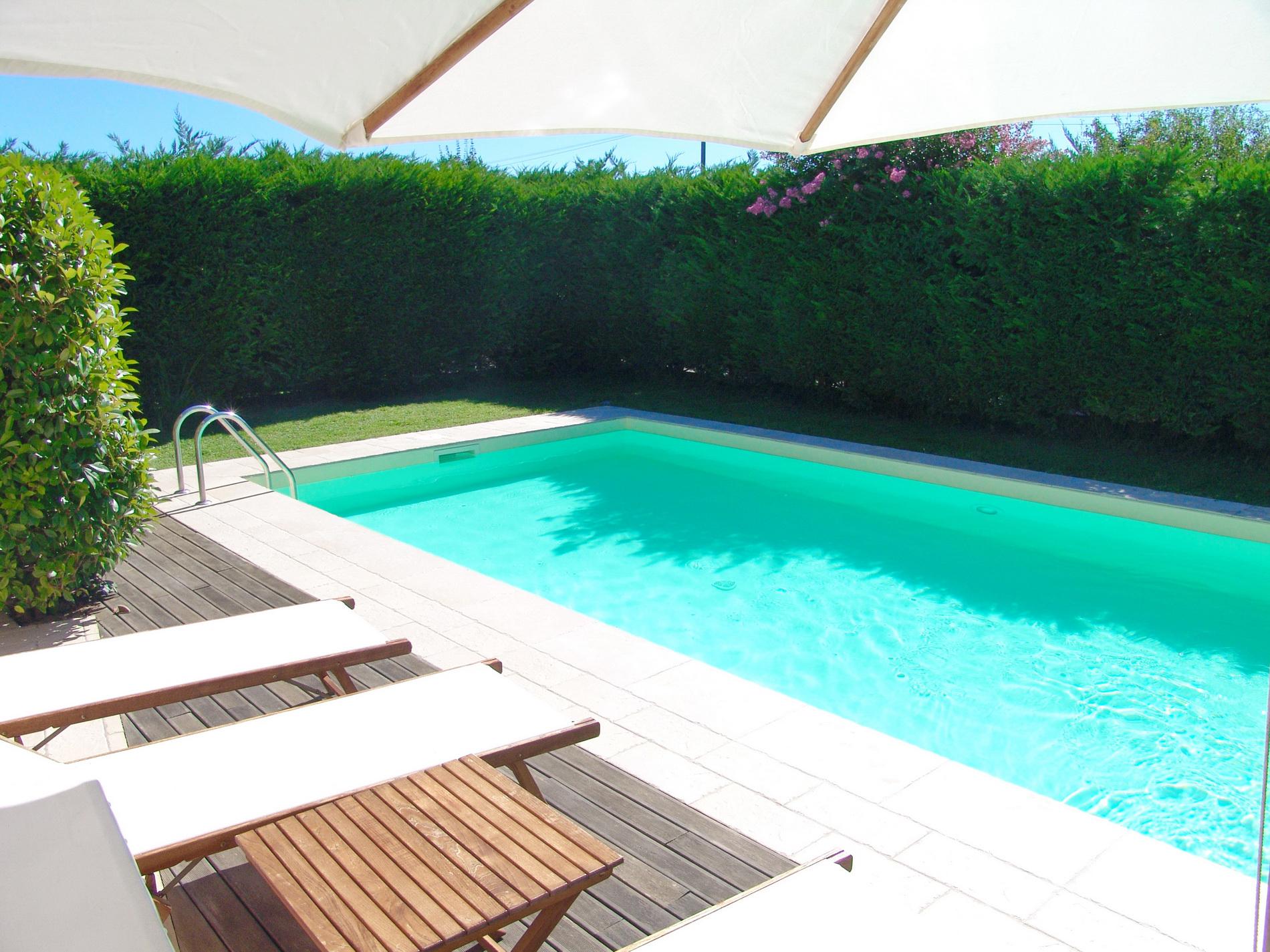 la piscina al B&B il Casale